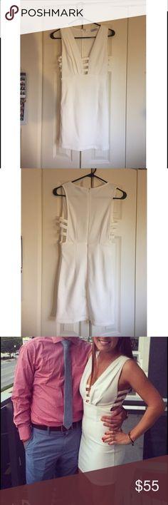 Small white Tobi dress! White bodycon Tobi dress, worn once! Tobi Dresses Mini