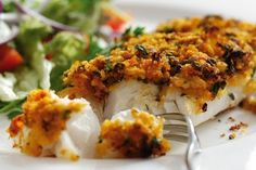 Oven-Baked Cod with an Organic Tomato Pesto Crust - Sacla Italian Recipes Cod Recipes Oven, Cod Fillet Recipes, Fish Recipes, Seafood Recipes, Pesto Recipe, Crust Recipe, Baked Cod Fillets, Oven Baked Cod, Pesto Rouge