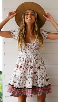 Camelia Floral Mini Dress The Effective Pictures We Offer You About summer dresses fashion A quality Cute Summer Dresses, Day Dresses, Cute Dresses, Awesome Dresses, Mini Dresses, Dress Summer, Woman Dresses, Dress Beach, Flower Dresses