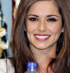 Cheryl Cole pictures and photos Cheryl Cole And Liam, Cheryl Cole Makeup, Cheryl Ann Tweedy, Cheryl Fernandez Versini, Woman Smile, Dimples, Beautiful Actresses, Pretty Woman, My Hair