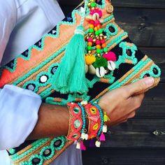 50 Charming Ideas for Boho Lifestyle Hippie Chic, Boho Chic, Moda Afro, Style Feminin, Boho Bags, Fabric Bags, Hippie Outfits, Handmade Bags, Diy Clutch