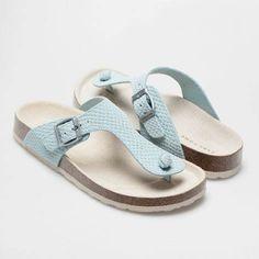 4ff947f8a1a sandalias Bio t azules zara home