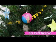 Bolas de Navidad - AEIOUTURURU   Talleres creativos para peques Ideas Para, Christmas Bulbs, Holiday Decor, Christmas Balls, Christmas Ornaments, Creativity, Christmas Light Bulbs