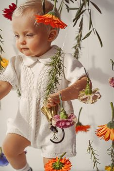 Vintage style inspired Christening romper with cable knit details handknitted of Van Beren Organic Cotton Yarn for baby girls and boys. The buttons are made of olive wood in flower shape.Each piece of knit is hand knitted in Austria by order. Knitting needs time and muse:Delivery within 1-2 weeks after order. Cotton Plant, Organic Cotton Yarn, Knitted Romper, Knitted Fabric, Vintage Style, Vintage Fashion, Natural Clothing, Baby Christening, Flower Shape