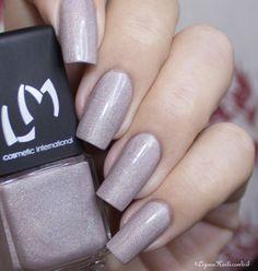Révérence - LMcosmetic [swatch] #nailblogger #prettycolor #mani #nails - bellashoot.com