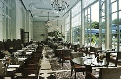 While you're in #Versailles, make sure you try the stellar cuisine at @gordongram restaurants. ------ #versailles #paris #Trianon #Hotelliving #Hotellife