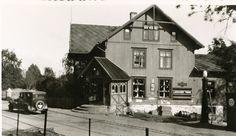 Oppland fylke Sør-Fron kommune Hundorp Golå handel. Ca1930 Vintage Postcards, Cabin, House Styles, Home Decor, Nature, Vintage Travel Postcards, Decoration Home, Room Decor, Cabins
