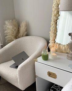 Bedroom Layouts, Room Ideas Bedroom, Bedroom Decor, Aesthetic Room Decor, Dream Apartment, Dream Home Design, Dream Rooms, New Room, House Rooms