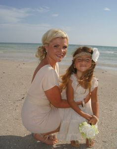 mother and daughter photo. #beach #wedding