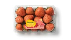 Rosé Berries Have Arrived Driscoll's unveils its non-red strawberry. The foggy coastal environment where strawberries thrive is undergoing drastic change, with hotter summers & more saline soils. Strawberry Varieties, Strawberry Fruit, Raspberry, Strawberries, Buy Roses, Red Berries, Edible Garden, Healthy Snacks, Blueberry