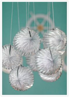 DIY ducting globes - New Years Eve party inspiration