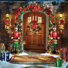 Outdoor Christmas Decorating : Front Porch Ideas - outdoor_christmas_decorations_ideas_front_porch_gate_yard_garden_front ...