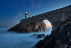 Phare du Petit Minou, Brest, France, 24 striking photos of lighthouses Best Vacation Destinations, Best Vacations, Brest France, France 24, Light Tunnel, Lighthouse Photos, Light In, Head Light, Beach Rocks