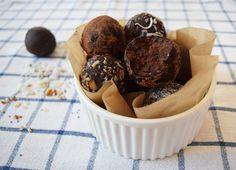 Už ani nemusíte číst dál, protože arašídy v názvu značí, že tenhle recept bude vážně stát za to. Nevěříte? Věřte! Protein Energy, Energy Bars, Sweet Treats, Muffin, Snacks, Cookies, Keto, Breakfast, Healthy