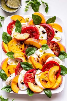 Caprese Salad Recipe, Salad Recipes, Pesto Vinaigrette, Mozzarella Salad, Fresh Mozzarella, Tomato Caprese, Easy Summer Salads, Food Crush, Balsamic Glaze