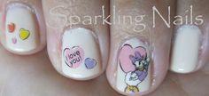 Daisy Duck Manicure!