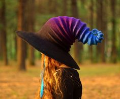 "sosuperawesome: ""Felt Witch Hats from the HandiCraftKate Etsy shop Browse more curated witches or halloween So Super Awesome is also on Facebook, Instagram and Pinterest """