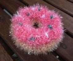 Gehäkelte Donuts als Spül - oder Duschschwämme aus Creative Bubble Schwammgarn von Rico