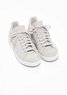 & Other Stories image 2 of adidas Stan Smith  in Beige/Berry