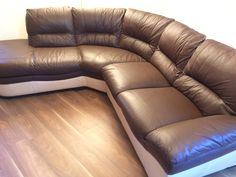 Cushions packed, deep cleaned, cracking leather fixed and new leather finish on this Brown and Cream Leather Corner Sofa for Cathy from Ibrox, Glasgow.Interested? Call Kenny on07951 314117CUSTOMER REVIEWS Brilliant job done today by Kenny. How he managed to get…