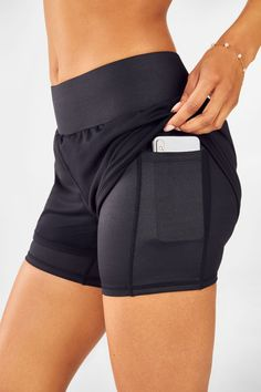 Yoga Shorts, Running Shorts, Gym & Workout Shorts for Women Casual Skirt Outfits, Sporty Outfits, Nike Outfits, Athletic Outfits, Fashion Outfits, Runway Fashion, Summer Outfits, Short Para Malhar, Sport Fashion
