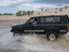Toyota Trucks, 4x4 Trucks, Toyota 4runner, 1st Gen 4runner, Truck Toppers, Truck Caps, Jeep Suv, Offroad, Transportation