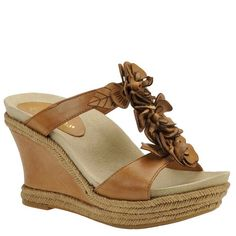Earthies Womens Bellini EspadrilleSand65 M US >>> This is an Amazon Affiliate link. Want to know more, click on the image.
