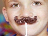 Piruletas de chocolate divertidas