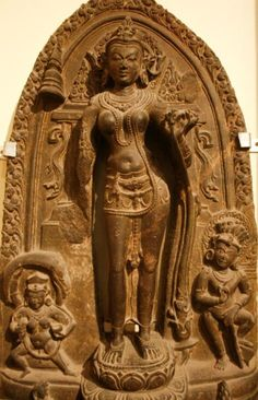 A sandstone Tara stele from Nalanda from the 10th century, at the Indian Museum, Calcutta