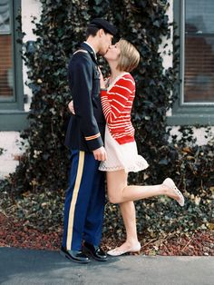 military homecoming love shoot // engagement inspiration