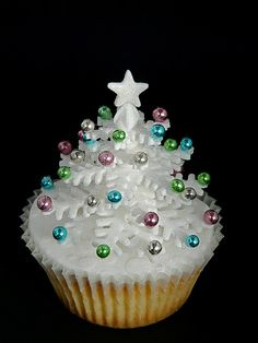 Sparkly White Snowflake Christmas Tree Cupcake