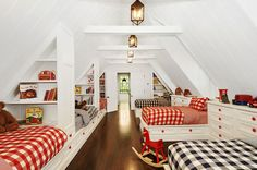 Trisha Troutz: Hamptons Houses - perfect for big sleepovers! We have the perfect red cupboard knobs to recreate this look! http://www.morehandles.co.uk/cristallo-round-knob-rf.html