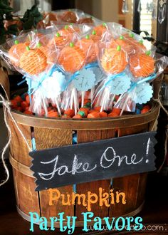 Fall-tastic Ideas for a Pumpkin-Themed Baby Shower A little pumpkin action for the soon-to-be sweet little pumpkin!A little pumpkin action for the soon-to-be sweet little pumpkin! Pumpkin Patch Birthday, Pumpkin Patch Party, Pumpkin First Birthday, Pumpkin 1st Birthdays, Pumpkin Birthday Parties, Baby Shower Themes, Baby Boy Shower, Baby Shower Decorations, Shower Centerpieces