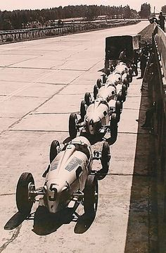 Auto Union, 1937... reminds me of the current day test sessions run by Audi after the 12 Hours of Sebring, prepping for Le Mans.