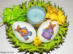 Design by Suzi: Polystyrénové vajíčka so zajačikmi Crossstitch, Easter Eggs, Jar, Spring, Design, Scrappy Quilts, Cross Stitch, Punto De Cruz, Seed Stitch