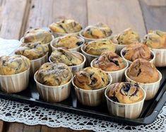 Muffins aux myrtilles et aux amandes : http://www.cuisineaz.com/recettes/muffins-aux-myrtilles-et-aux-amandes-49307.aspx