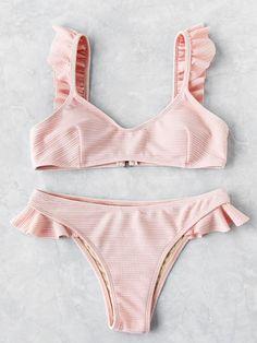✨ Pįn: Miya ✨ Ruffle Strap Textured Bikini Set -SheIn(Sheinside) Source by praia Cute Swimsuits, Cute Bikinis, Vintage Swimsuits, Bikini Modells, Bikini Tops, Pink Bikini, Sequin Bikini, Ruffled Bikini Top, Bikini Beach