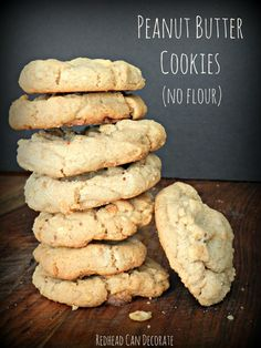 4 Ingredient Peanut Butter Cookies Ingredients Peanut Butter Sugar Egg Vanilla Instructions Mix 1 cup of PB 1 cup of sugar 1 egg 1 teaspoon of vanilla Bake @ 350 degrees for 10 minutes. No need to grease the pan. You can also use parchment paper if desired. Delicious and flourless.