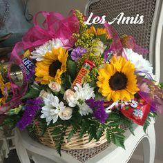#flowers #flowerbasket #candy Les Amis Flowerland  Lafayette, La