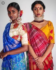 7 Contemporary Ways To Style Saree and Slay - MommysTimeline Indian Look, Indian Wear, Indian Attire, Indian Style, Saree Draping Styles, Saree Styles, India Fashion, Asian Fashion, Indian Aesthetic