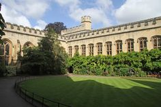 Oxford, England - City of Dreaming Spires College Counseling, Career College, College Fun, Education College, College Life, Balliol College, Oxford United Kingdom, Athletic Scholarships, College Schedule