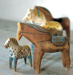 Dala Jul....the tiny blue and yellow horse are the prettiest I have seen them!!