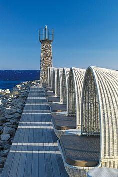 Faro en Santa Marina, Mykonos, Grecia. ¿Una siesta con vistas al mar?