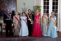 royaltyinthenews:  2010-King Harald, Queen Beatrix, Queen Sonja, Crown Prince Haakon, Crown Princess Mette-Marit, Princess Martha Louise, Princess Astrid