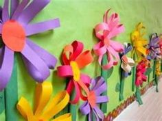 Spring Flower Bulletin Board- easy way to make spring flowers