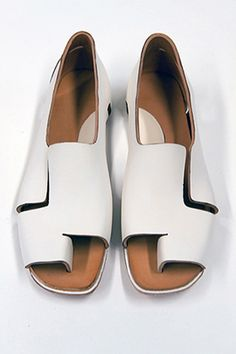What Does A No-Glue, No-Seams Shoe Look LIke? #refinery29