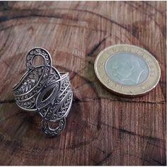 Yaprak Model Midyat Telkari El İşçiliği Oksitli Gümüş Bayan Yüzük 43,00 TL ve ücretsiz kargo ile n11.com'da! Midyatnurtasgumus Taşsız Yüzük fiyatı Gümüş Takılar kategorisinde.