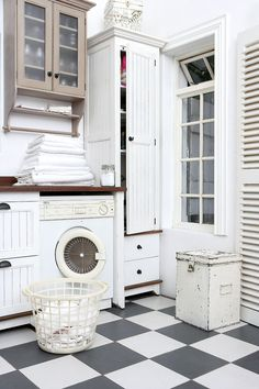 Love this vintage light and bright laundry room Farmhouse Laundry Room Grey Storage, Vintage Room, Home, Checkerboard Floor, White Rooms, Checkered Floors, Laundry Room Flooring, Farmhouse Laundry Room, Room Flooring