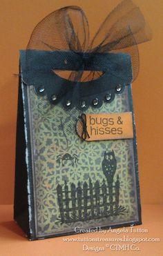 Cute Halloween treat bag using the CTMH Cricut Artiste Cartridge