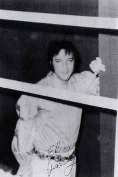 "This great snapshot is from the book ""Memphis Elvis-Style"" by Cindy Hazen and Mike Freeman (1997) and shows Elvis backstage at the Orpheum, circa May/ June 1970 - courtesy of Stephen Shutts. See more: http://www.mikesmemphistours.com/uselater/MemphisElvisStyle.html"